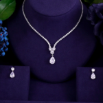 Solitaire style Necklace Set_Clear